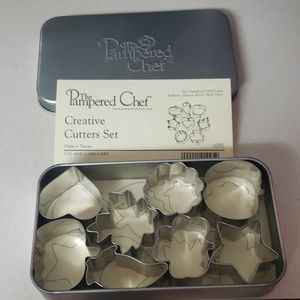 Pampered Chef cutter set